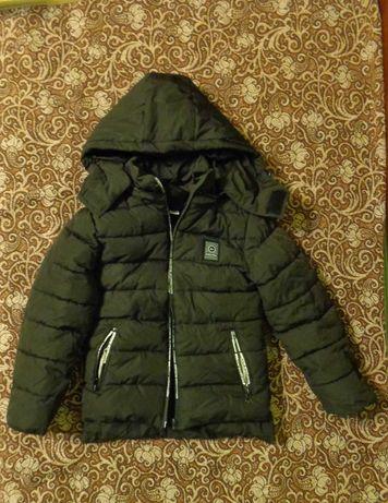 Куртка на мальчика, 28 размер
