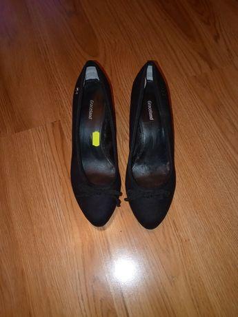 Sprzedan buty