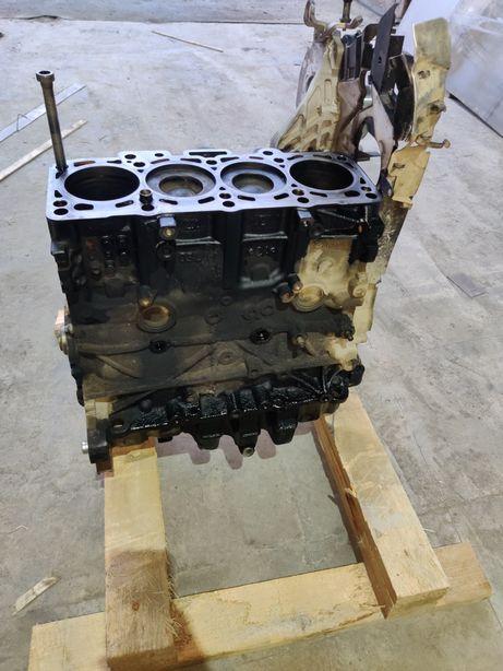 Блок двигуна passat b7 2.0
