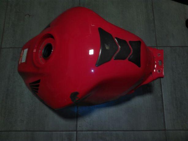 Zbiornik paliwa Honda VFR 800vtec 02-11