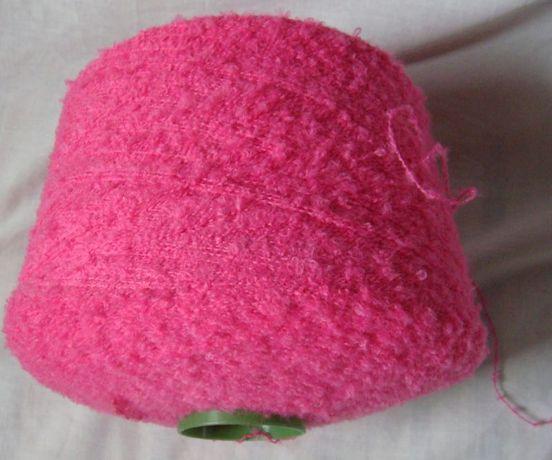 Różowa przędza włoczka dziewiarska bucle Tanio