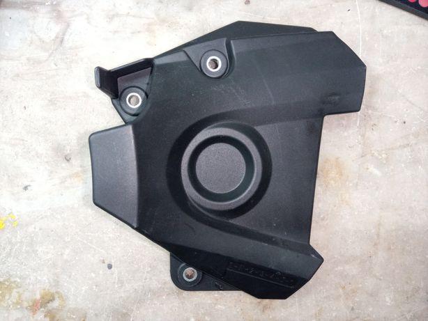 Vendo plástico de proteção do pinhão de ataque Yamaha MT09