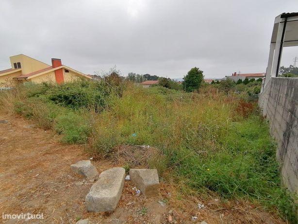 Terreno com Projeto aprovado para Moradia na Senhora do Monte