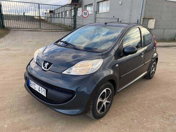 Peugeot 107, 1.0 l., Хэтчбек