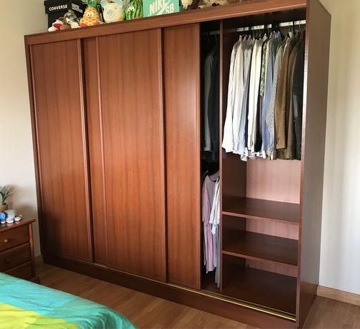 Armário de quarto