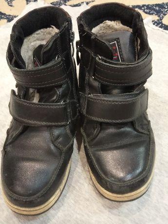 зимові чорні черевики хлопчику р.34
