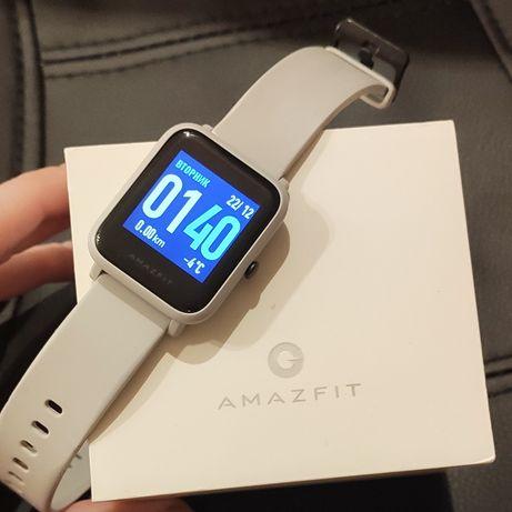 Смарт - часы Amazfit Bip Smartwatch белые