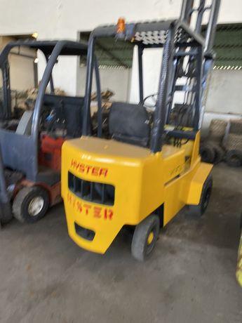 Empilhador diesel HYSTER  de 1500 kgrs triilex