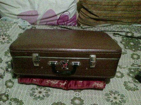 чемодан б.у c ключами