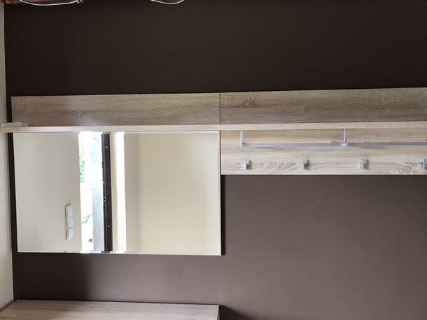Wieszak lustro przedpokój półka