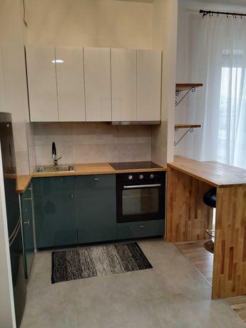 Nowy apartament 2 pokojowy **z klimatyzacją**metro Płocka*