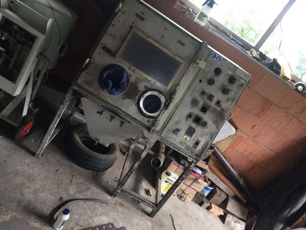 POZOSTAŁOŚĆ po maszynie/kabinie do piaskowania