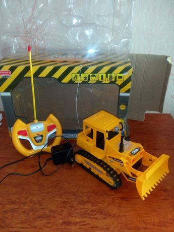 игрушка трактор бульдозер на р/у