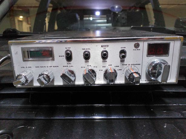 Rádio CB SuperStar 3900.