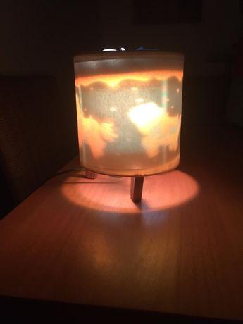 Candeeiro/ Luz de Presença para quarto de Criança