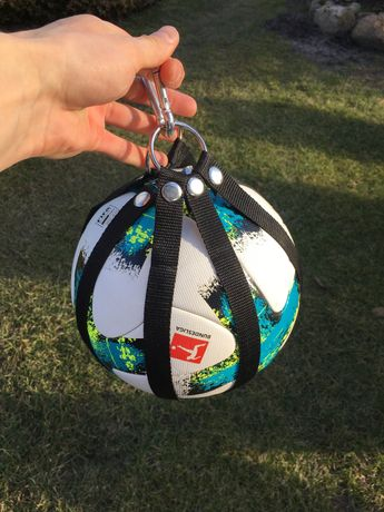 Uchwyt na piłkę | ballholder