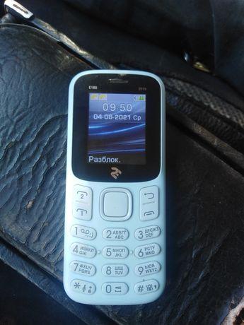 Продам телефон. Почти новий