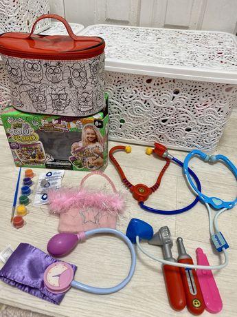 Набор игрушек косметичка новая