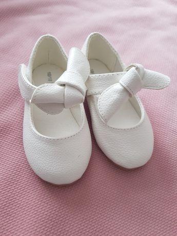 Reserved buty balerinki białe roz. 18/19