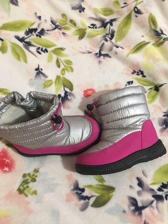 Продам дутики сапоги ботинки еврозима на девочку  27