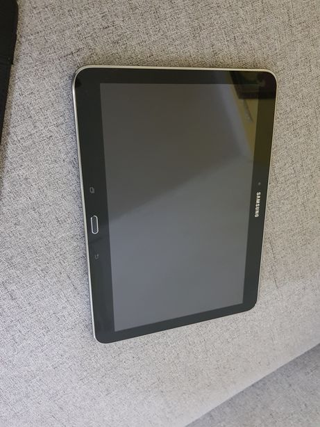 Sprzedam tablet Samsung Galaxsy tab4