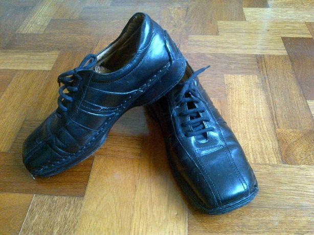 Sapatos Pretos Homem 41