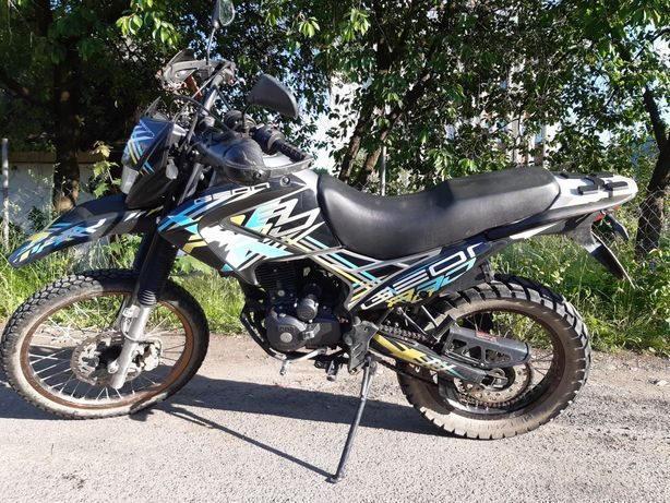 Мотоцикл Geon X-Road 200