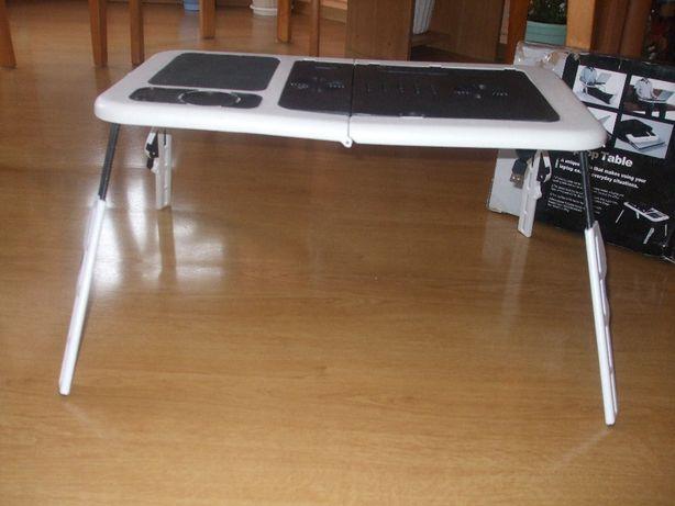 podstawka stojąca z wiatrakiem pod laptopa
