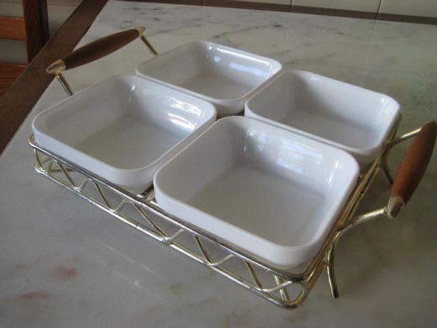Taças p/aperitivos/molhos em louça+suporte casquinha(Nunca usada)