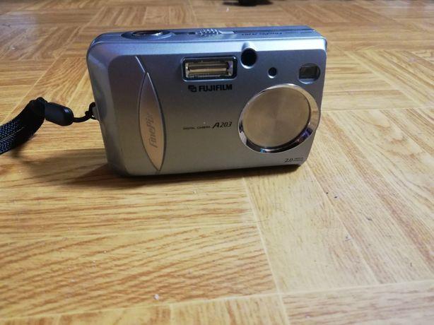 Цифровой фотоаппарат от батареек fugifilm