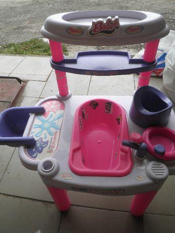 Игрушечный столик-ванная для кукол