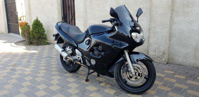 Продам Suzuki gsx750f