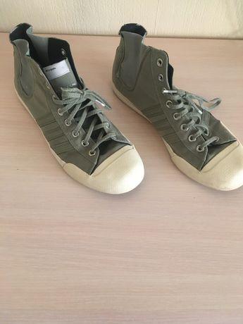 Кросівки adidas 44 розмір