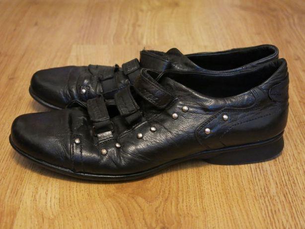 Кроссовки туфли кожаные р. 37 по стельке 24 см.