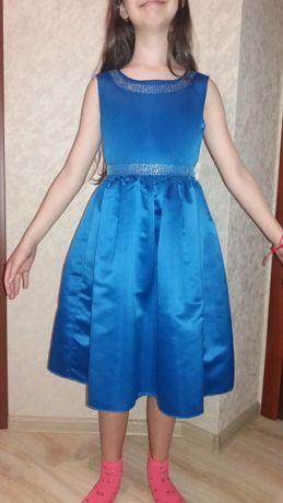 Продам платье выпускной ,нарядное