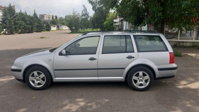 Продам Volkswagen Golf 4 универсал