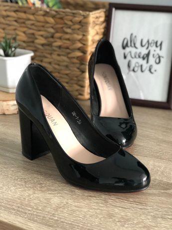 Туфлі чорні (36р.)
