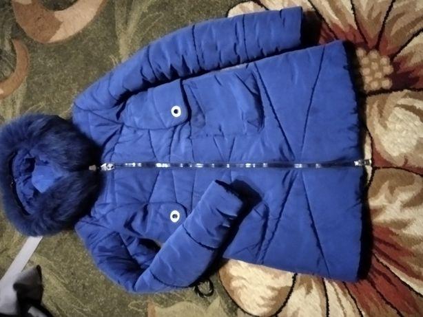 Зимова куртка 42р