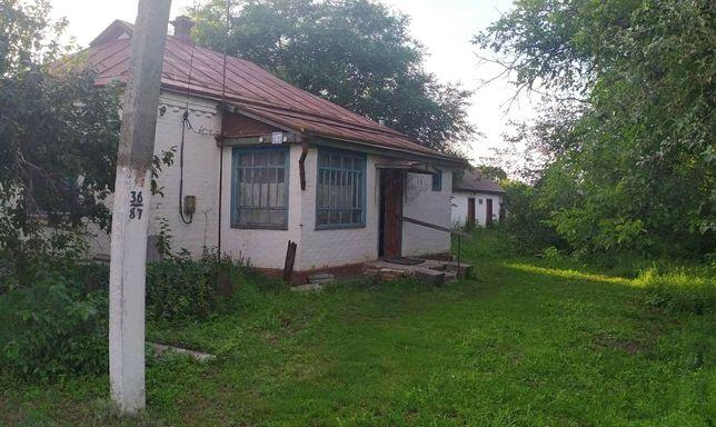 Продам будинок в центрі села Круподеринці!