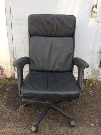 Крісло компютерне офісне *