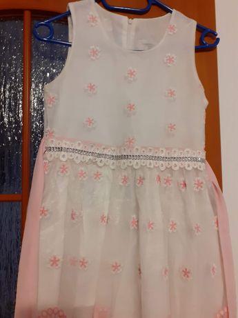 Sukienka 140cm dla dziewczynki