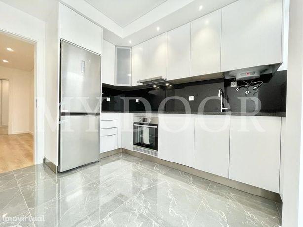 Apartamento T2 em Moscavide - Completamente Remodelado - ...
