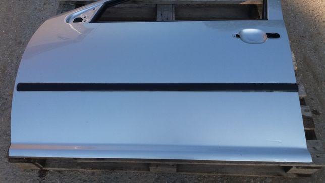 VW golf IV,drzwi lewy przód,kod-LA7W
