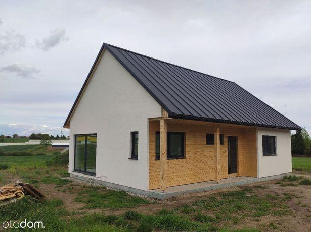 Nowy energooszczędny dom parterowy