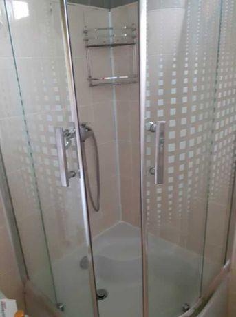 Kabina prysznicowa 80x80 z wysokim brodzikiem