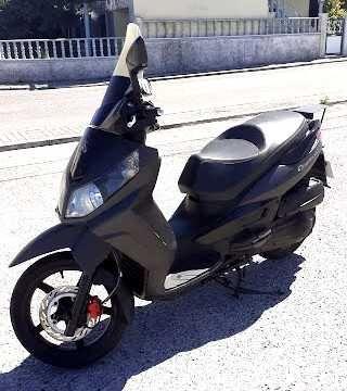 Sym Citycom 300i scooter de 2011