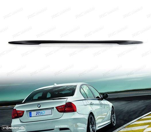 AILERON / LIP / SPOILER TRASEIRO BMW E90 05-12 LOOK M PERFORMANCE