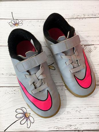 Кроссовки Nike Puma reebok футбольные
