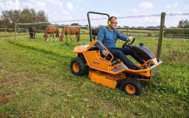 Покос травы, скос бурьяна, камыша техникой AS Motor (Германия)