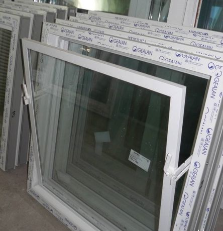 Okna uchylne INWENTARSKIE_do garażu, piwnicy, chlewni,obory/okno z PCV